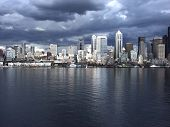 Seattlewaterfrontreflection