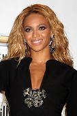 LAS VEGAS - MAY 22:  Beyonce Knowles in the Press Room of the 2011 Billboard Music Awards at MGM Gra