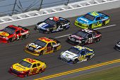 DAYTONA BEACH, FL - FEB. 23: The NASCAR Sprint Cup teams take to the track for the Gatorade Duel 1ra