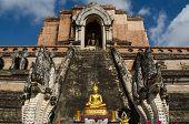 Buddha statue, Wat Chedi Luang