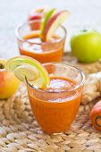 Carrot With Apple And Ginger Juice