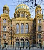 Oudnieuwe Synagoge In Berlijn
