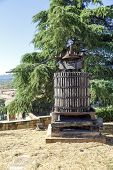 pic of wine-press  - Old grape press in Navarrete La Rioja Spain - JPG