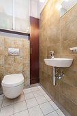 Spacious Apartment - Bathroom
