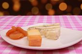 Gorgonzolla  Cheddar Cheese Platter