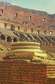 Colosseo Pillar