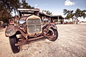 foto of fuel pump  - Abandoned rusty car in desert on Route 66 - JPG