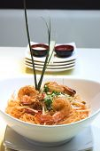 picture of thai food  - thai dish of shrimp pad thai - JPG