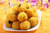 pic of laddu  - Indian sweets  - JPG