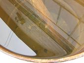 reflection in a barrel, ????????? ? ?????