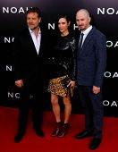 NEW YORK-MAR 26: (L-R) Actors Russell Crowe, Jennifer Connelly and director Darren Aronofsky attend the premiere of