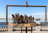 Samara, Russia - September 12, 2014: Bronze Monument Of A Painting Of Ilya Repin's