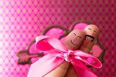Finger People Love