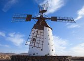 picture of municipal  - Traditional older style round windmill  - JPG