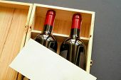 Wood Gift Box With Two Wine Bottles And Blank Card (Horizontal)