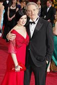 LOS ANGELES - FEB 22: Phoebe Cates and husband Kevin Kline at the 81st Annual Academy Awards - Oscar