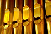 picture of pipe organ  - row of organ pipes - JPG