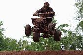 Quad Bike Racing, Airborne