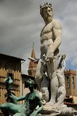 pic of caucus  - A mirable sculputure in the italian open air of Tuscany - JPG