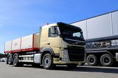Volvo FM11 Hookpro Construction Truck