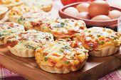 Mini quiche pie with vegetables, healthy vegetarian food