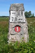 Old Milestone Road 1