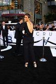 LOS ANGELES - APR 10:  Daphne Wayans arrives at the