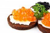 Pan de centeno con Caviar rojo