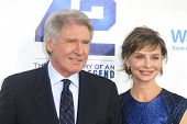 LOS ANGELES - APR 9: Harrison Ford, Calista Flockhart at the Los Angeles Premiere of '42' at TCL Chi