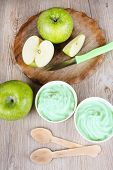 Frozen Yogurt  With Fresh Green Apples
