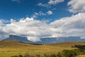 pic of canaima  - Track to Mount Roraima  - JPG