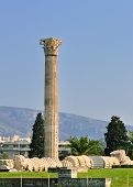 pic of olympian  - Temple of Olympian Zeus in Athens Greece  - JPG
