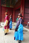 The ceremony changing of the guards at the Gyeongbokgung Palace complex in Seoul, Korea