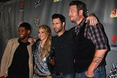 LOS ANGELES - MAY 8:  Usher, Shakira, Adam Levine, Blake Sheldon arrives at