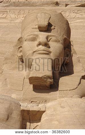 Постер, плакат: Рамсес скульптура на Храмы Абу Симбел, холст на подрамнике