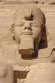 Постер, плакат: Рамсес скульптура на Храмы Абу Симбел