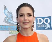Los Angeles - AUG 19:  Sophia Bush arrives at the 2012 Do Something Awards at Barker Hanger on Augus