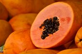 picture of excretory  - Open papaya in the shape of a circle - JPG