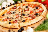 superme pizza