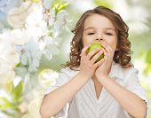 image of healthy eating girl  - people - JPG