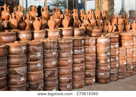 Harden Clay Pot Showing For