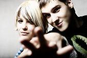 Gelukkige jonge paar verliefd