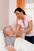 a nurse in elderly care for the elderly in nursing homes