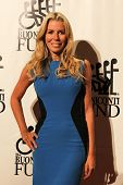 NEW YORK-SEPT. 24: TV personality Aviva Drescher attends the 27th annual Great Sports Legends Dinner