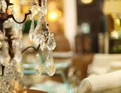 Chrystal Chandelier close-up na sala de estar