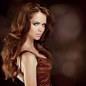 picture of brunette  - Hair - JPG