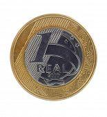 Uma verdadeira moeda única brasileira no fundo branco