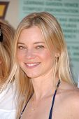 Amy Smart  at the EMA Celebrates the Garden Challenge by