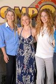 Ali Larter, Amy Smart and Rachelle Lefevre at the EMA Celebrates the Garden Challenge by