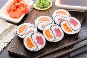 Yin yang futomaki with tuna and salmon